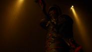 Dark Arrow zabija Strażnika (11)