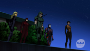 Vixen, Green Arrow, Flash, Atom and Black Canary in Coast City