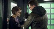 Arrow-season-finale-malcom-merlyn-thea-queen-reconcile-997697-1280x0.jpg