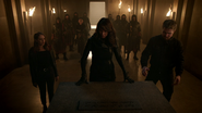 Thea, Talia, Oliver and the Thanatos Guild at the tomb of Al-Fatih