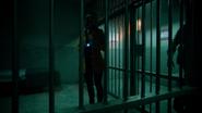 Mina Chaytan ucieka z aresztu (1)