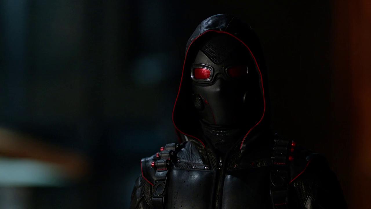 Dark Arrow suit