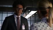 Curtis Holt talk Felicity Smoak of termination