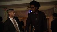 Curtis oraz Rene bawią się na weselu Queena (1)