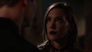 Laurel Lance (Earth-2) talk Hunter Zolomon (4)