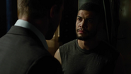 Young team Arrow has argument to Oliver Queen (2)