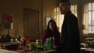 Zoe martwi się, że ponownie straci ojca (3)