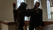 Nowa Rzesza przerywa ślub Barry'ego Allena i Iris West (4)