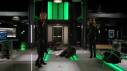 Black Siren and Black Canary fight in bunker (5)