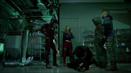Tean Green Arrow with Flash and Supergirl Cyberwoman (17)
