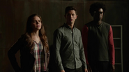 Young team Arrow has argument to Oliver Queen (1)