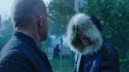 Citizen Cold kłóci się z Heat Wavem na polu walki