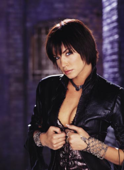 Helena Kyle promotional image 3.png