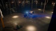 Vandal Savage fight Green Arrow, Flash, (15)