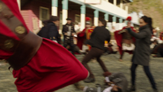 Eleanor walczy z rzymianami za pomocą swoich mocy