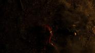 Flash i The Ray próbują zatrzymać Red Tornado (16)