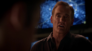 Henry Allen and Barry Allen talk on powers Flash (9)