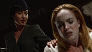 Damien i Eleanor Darhk walczą z legendami w Hollywood (3)