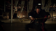 Vandal Savage fight Green Arrow, Flash, (8)