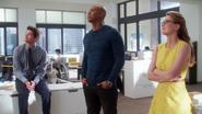 Team Supergirl talk with Cat Grant (1)