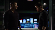 Diggle and Oliver criticize each other