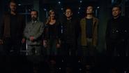 Drużyna Caydena cieszy się rozpadkiem zespołu bohaterów (4)