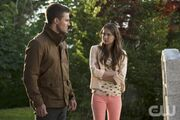 Oliver Queen Stephen Amell and Thea Queen Willa Holland-1.jpg