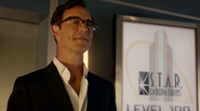 Harrison Wells stay and look in the child (Earth-2)