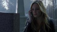 Sara Lance give up Nyssa al Ghul (3)