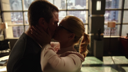Oliver and Felicity Reunited