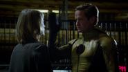 Eobard Thawne and dyning Tina McGee (1)