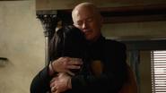 Damien Darhk przekonuje córkę, aby przyjęła Mallusa (1)