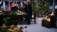 Legendy żegnają Jaxa przy kolacji świątecznej (2)