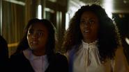 Anissa i Jennifer zostają porwane przez Willa i The 100 (4)