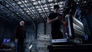 Ray Palmer and Martin Stein save lives Kendra (1)