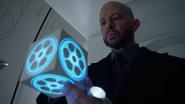 Lex accessing the Legion's cruiser's memory cube