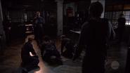 Sam Hackett holds officers hostage in exchange for Oliver Queen