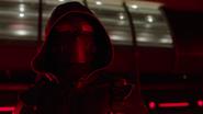 Dark Arrow pokonuje bohaterów w S.T.A.R. Labs (2)