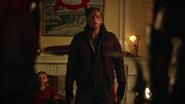Anarky kidnapped Damien Darhks family (5)