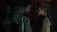 Constantine i Corrigan zabijają porywacza dziewczynek (3)