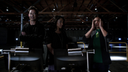 Harrison Wells (Earth-2) and Team Flash traning Linda Park (1)