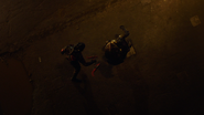 Dark Arrow zabija Strażnika (5)