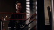 Harrison Wells (Earth-2) watch team with CC Jitters (1)
