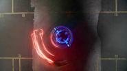 Eobard Thawne catch Damien Darhk in Time Travel (7)