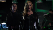 Black Siren and Black Canary fight in bunker (2)