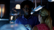 Curtis Holt gets a card from Felicity Smoak (4)