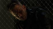 Vigilante ściąga maskę przed Dinah Drake (2)