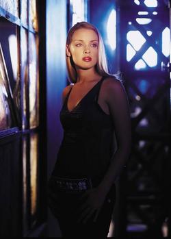 Dinah Redmond promotional image 4.png
