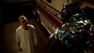Julian Albert meet Savitar before hospital