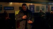 Leonard Snart, Mick Rory and Sara Lance fight in club (1)